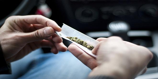 إيقاف 15 موظفًا لتعاطيهم المخدرات