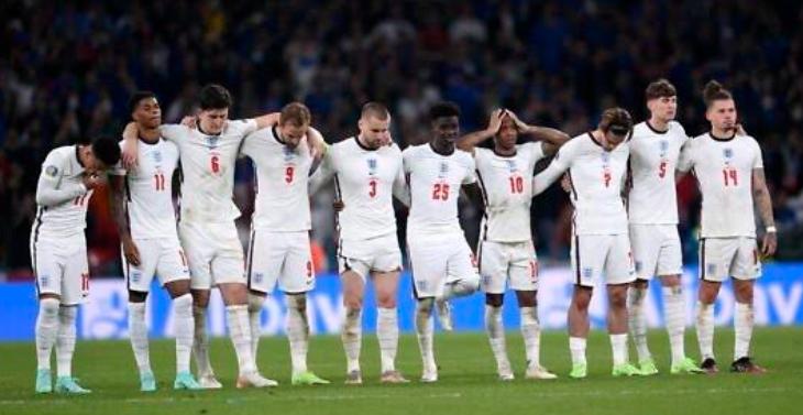 لاعبي إنجلترا